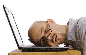 stanchezza-cronica-sonnolenza