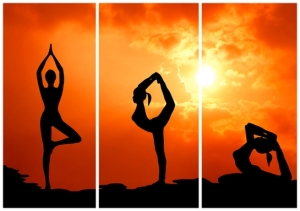 yoga_three_panel